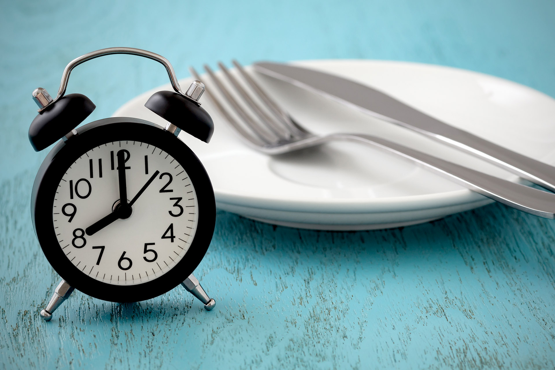 Intervall-Fasten: Diät-Trend oder ultimative Lebensversicherung?